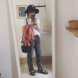 『夏のファッションにも飽きてきた頃』の画像