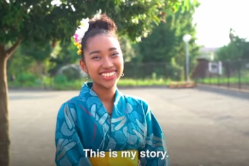 海外「彼女はとても美しい」日本でハーフであることに悩む女の子に涙する海外の人々