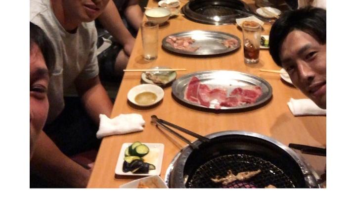 【 画像 】巨人・元木コーチと若手内野手が焼肉!なお坂本は欠席・・・