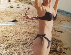 【画像】綾瀬はるかの10年ぶりの水着姿wwwwwwwwwwwww
