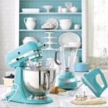 『KitchenAid(キッチンエイド)のスタンドミキサーあるキッチンがレトロで素敵! 2/3』の画像