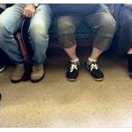 ワイくそデブ野郎、満員電車で「座るな!」と怒られる