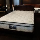 『【2月11日までサータ社ベッドがお得です2013】サータスーペリアディを536イリノイフレームにセット』の画像