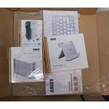 『Ankerのウルトラスリム・ワイヤレスキーボード、カーチャージャー シガーソケット、USB急速充電器 ACアダプタとスタンドを注文した。』の画像