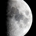 とても綺麗な上弦過ぎのお月様 ☆彡
