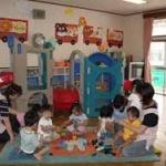 保育園落ちた日本死ね!!!…ネット上で激論