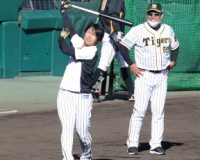 【悲報】矢野監督「高山と佐藤どちらをに打席を与えたいかとなれば当然佐藤」