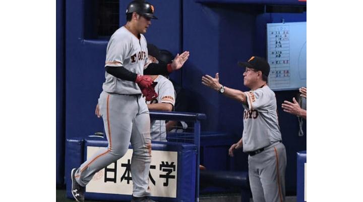 【 事実 】巨人・岡本、原監督から「タラタラしてんじゃねーよ」