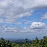 雲の向こうに・・・