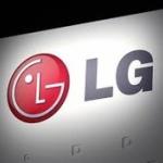 LGがノックすると中が透けライトアップされ開く冷蔵庫を発明