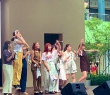 『アンジュルムリリースイベントに和田彩花が現れ現場騒然となりメンバー号泣したりアピールしたりの大混乱wwwwwwwwww』の画像