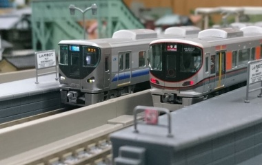 『KATO 323系~TOMIX 225系5000・5100』の画像
