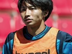 テネリフェのチームメイトが最近の柴崎についてコメント!「本当にいいやつ!ガクには地元にもファンが多い!」