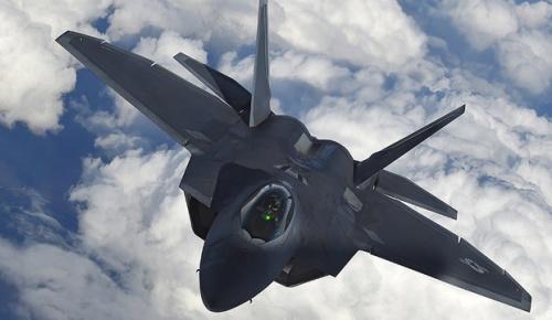 日本の次期戦闘機F-3にF22とF35のハイブリッド型を開発か(海外の反応)