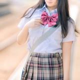 【画像】ウイグルの女子高生がこちらwwwwwwwww