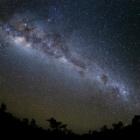 『チラゴーの夜空(タイムラプス画像から)』の画像