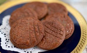 ココア風味のサクサク簡単クッキー