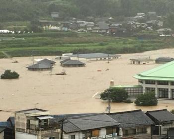 愛媛・西予市野村町で川が氾濫、家が浸水しまくりでヤバイ(現場画像あり)