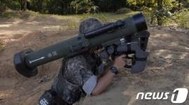 【韓国】国産対戦車誘導武器、視察に来た海外来賓の前で暴走事故…「国際的な恥」と批判の声wwwww