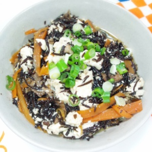 ひじきの炒り豆腐