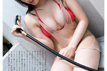 大和田南那の半分見えちゃってるエロおっぱい