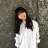 『【乃木坂46】齋藤飛鳥、白シャツ姿のニコニコ笑顔が天使すぎる・・・』の画像