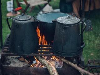 はんごうでご飯炊いてダッチオーブンでカレー作るよー