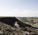 ごみ山崩落、死者65人に=一家全員生き埋めも/エチオピア