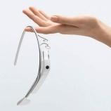 『Google Glass(グーグルグラス) で皆ロボコップに?』の画像