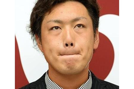巨人笠原、減俸で変顔をするwwwwwwwwwww alt=