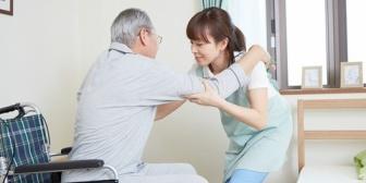 職場の先輩(女性)が、親の介護のために仕事を辞めることになった。そしたら周りの男性が結構なクソ発言してた