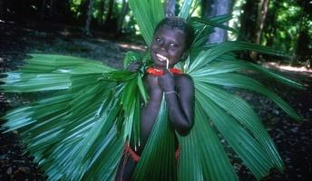 現代社会を拒み続ける閉鎖的な10の先住民族