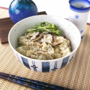 お鍋1つで簡単に♪椎茸の炊き込みご飯