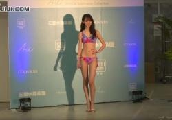 三愛イメージガール黒木麗奈ちゃん(17)のまだオトナになってない細い身体がエッチすぎると話題に