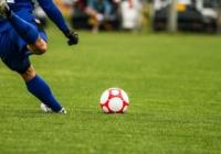 サッカー選手ってなんで枠外にシュートしたりするの?