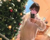 【朗報】「どーしてそんなに可愛いんだ!」元NMB48山本彩(27)、パーカ姿でクリスマスツリーと自撮り!「顔面大優勝」絶賛の声wwwwwwww