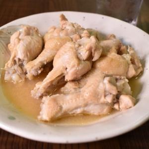 お鍋1つで簡単に♪鶏手羽元のにんにく味噌煮