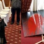 【台湾】李登輝元総統の追悼会場の遺影に女が「赤いペンキ」をぶちまける!正体は…