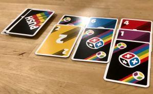 5色のカードの得点を競うゲーム