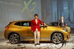BMW、新型SUVクーペ「X2」日本デビュー!
