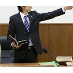 弁護士って犯罪者を庇ってやるんやろ?