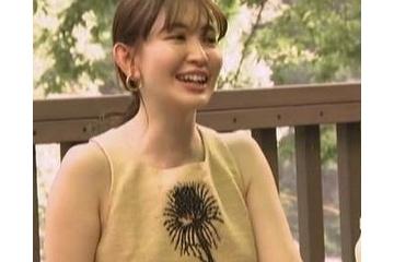 小嶋陽菜のノーブラでポチってる?エロ乳首