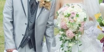 友人が人妻に恋をして、夫側に慰謝料払って離婚させ結婚した。その前夫も最初の夫に慰謝料払ったらしい。後日新居に行くと、俺も惚れていた