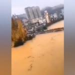 【動画】中国、長江流域洪水、事前通知なしのダム放水で街が完全に水没!市民激怒