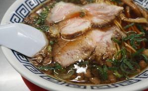 スープに深みがある中華そばを堪能