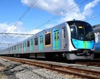 『西武鉄道40000系ロングシート仕様 公開』の画像