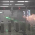 【動画】香港デモ、香港警察が酷い!至近距離でゴム弾射撃!地下鉄構内で催涙弾発射 [海外]