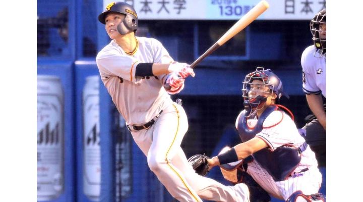 巨人・坂本勇人  83試合 .305 28本 67打点 4盗塁