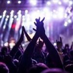 音楽のライブにおいてもう生楽器は時代遅れなのか???????