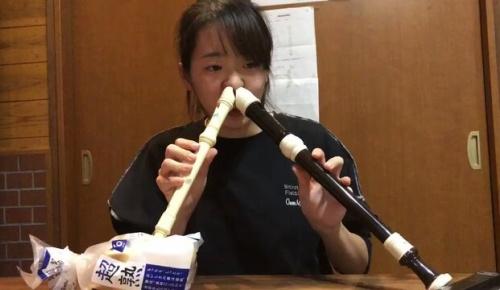 2本のリコーダーで珍演奏した日本人女性に海外感動